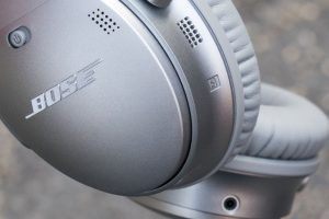 Bose Quiet Comfort 35 photo 3