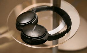 Bose Quiet Comfort 35 photo 8