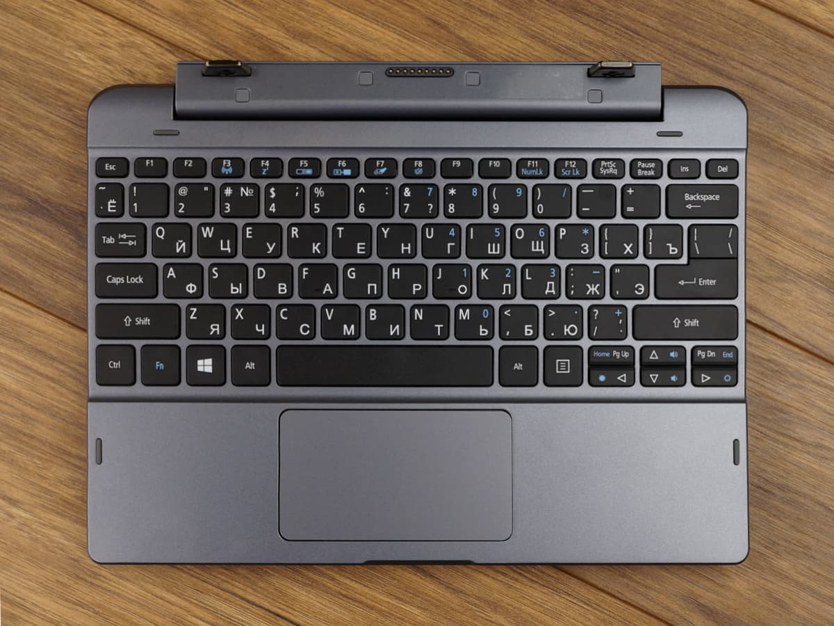 Acer One 10 фото 2