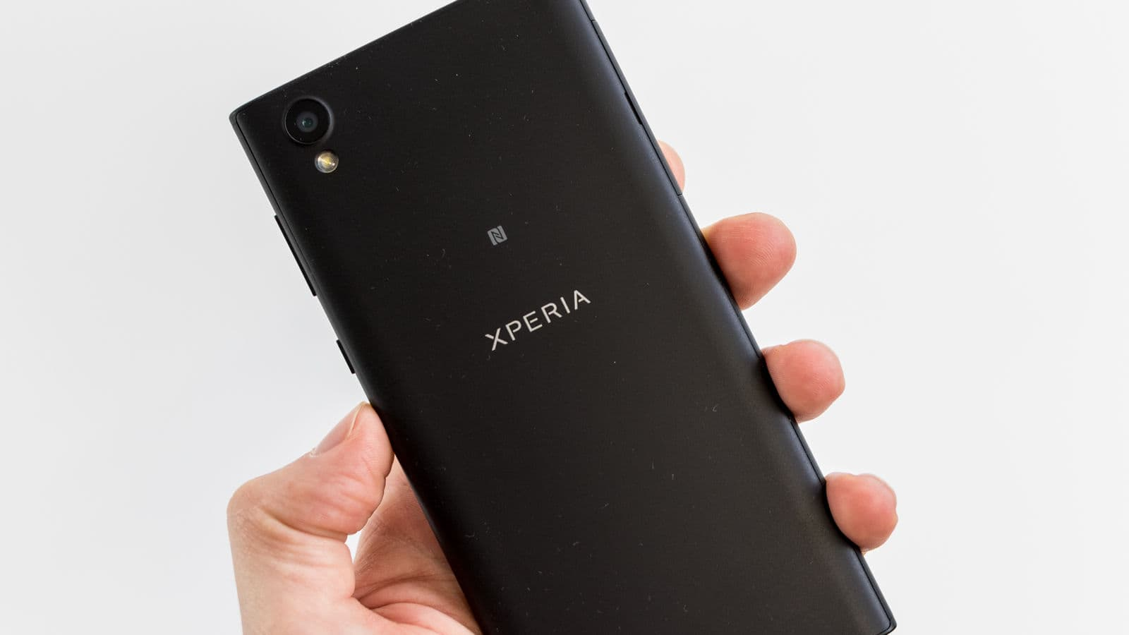 Sony Xperia L1 photo 8
